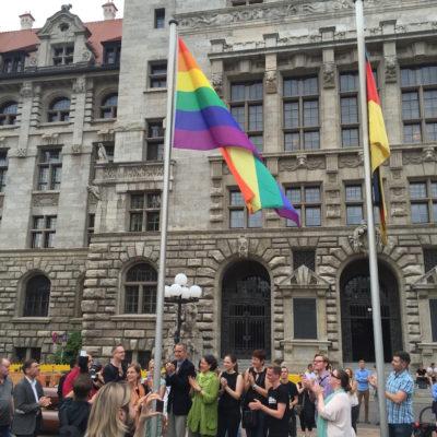 Rainbowflags hoisted